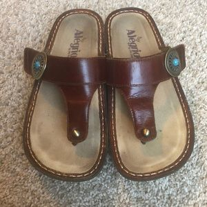 Algeria adjustable sandals